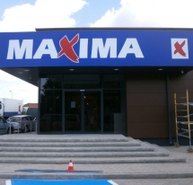 MAXIMA X